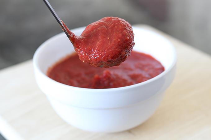 Homemade-Pizza-Sauce