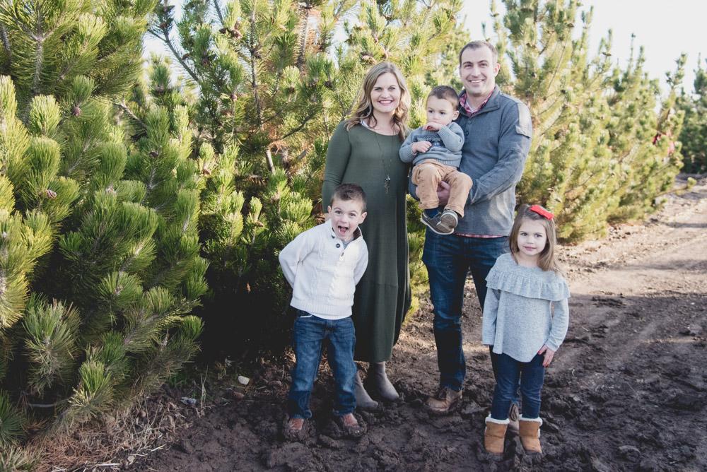 Sunday Family Christmas Card Photos 2017-2