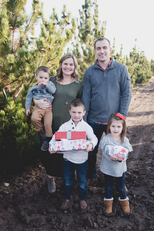 Sunday Family Christmas Card Photos 2017-7